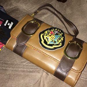 Harry Potter Hogwarts Wristlet NWT